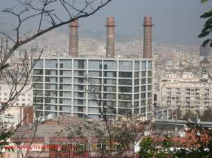 Chimneys seen from the way up to Montjuic