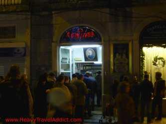 """Oldest """"casa de Ginjinha"""" in Lisbon"""