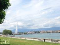 Walk on the Geneva lake shore - for free